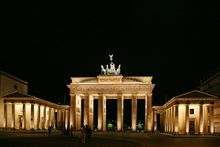 Brandenburg Gate-original-3.jpg